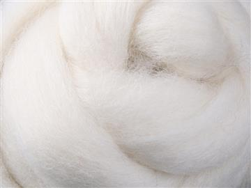 100% Wool and Fibres for Dyeing