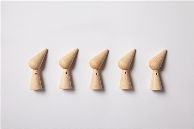 N. Wooden Gnome Base 7cm - Each